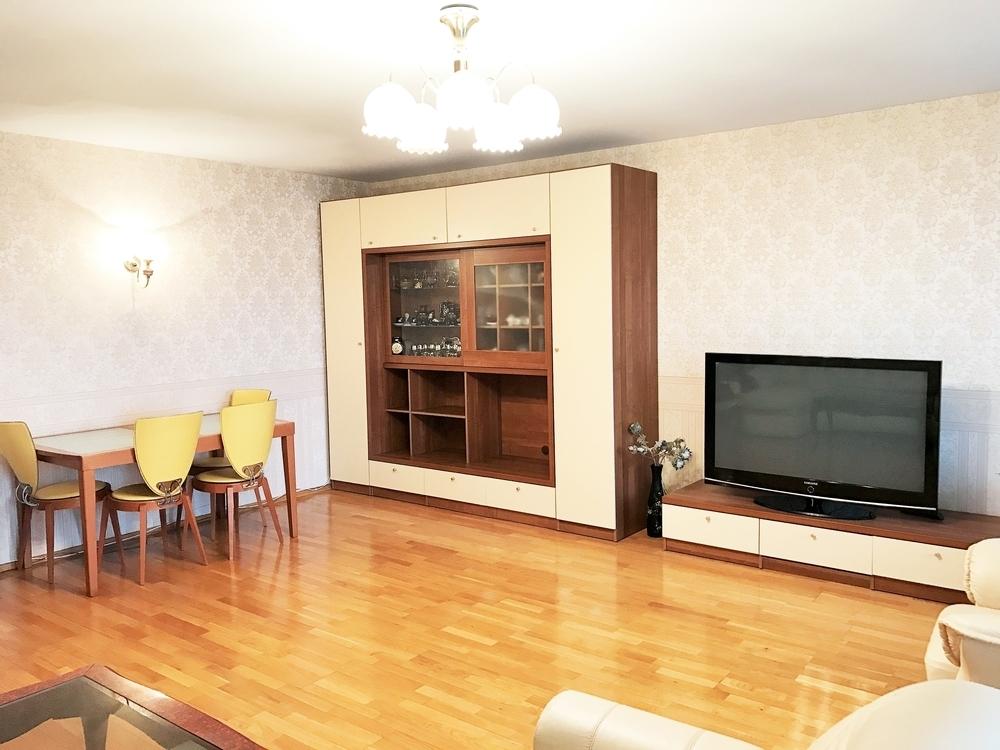 Прекрасная 4-ех комнатная квартира для дружной семьи