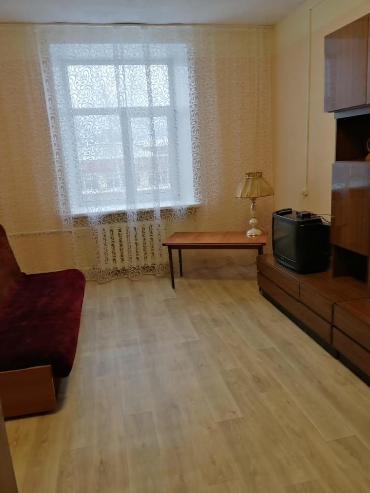 3-комнатная квартира, Томск, ул. Усова, 11а