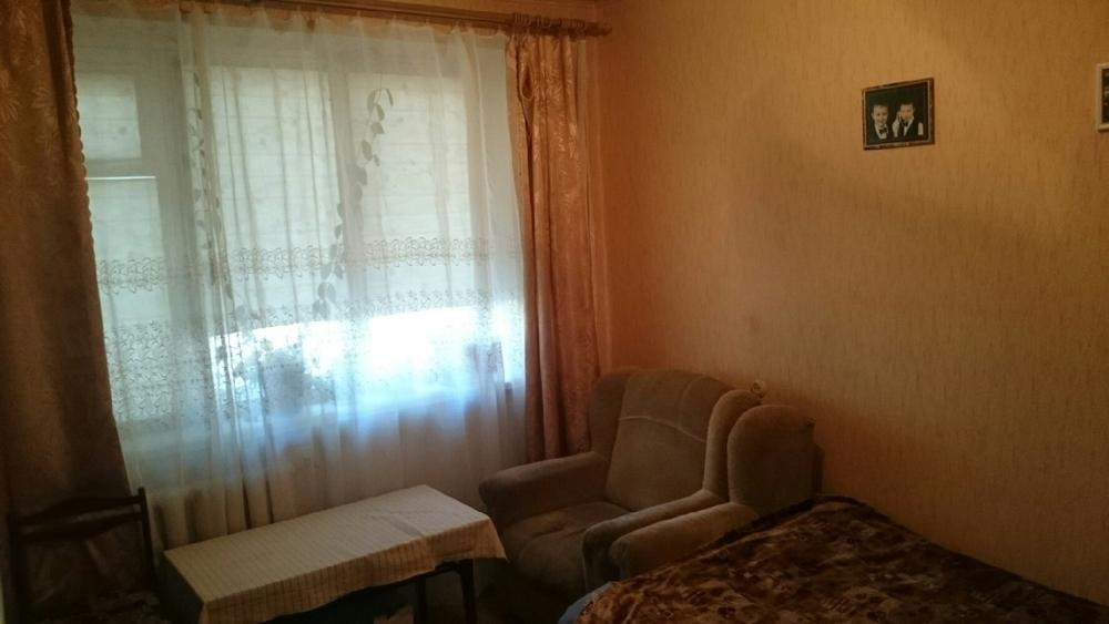 Продаётся 1-комн.               квартира, 5 cот.,  Волжский,               19 мкр, Александрова ул, д. 3