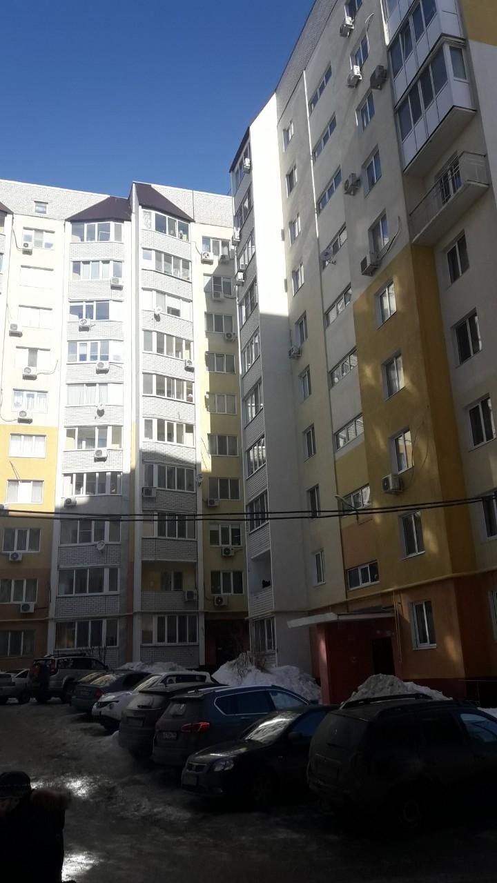Продам 1-комнатную квартиру в городе Саратов, на улице Зыбина, 10, 3-этаж 10-этажного  дома, площадь: 40/20/12 м2