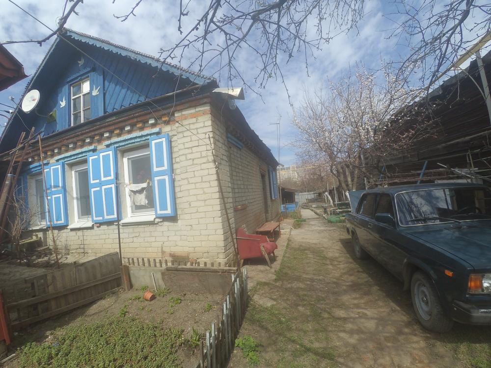 Город: Саратов, улица: Зарубина, 62, площадь: 42 м2, участок: 2 соток