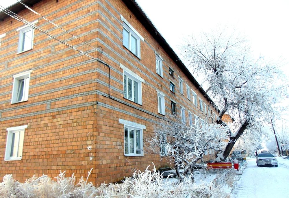 подам 1 комнатную квартиру, в кирпичном доме, общей площадью 32 кв.м, 1 3 этажквартир ...