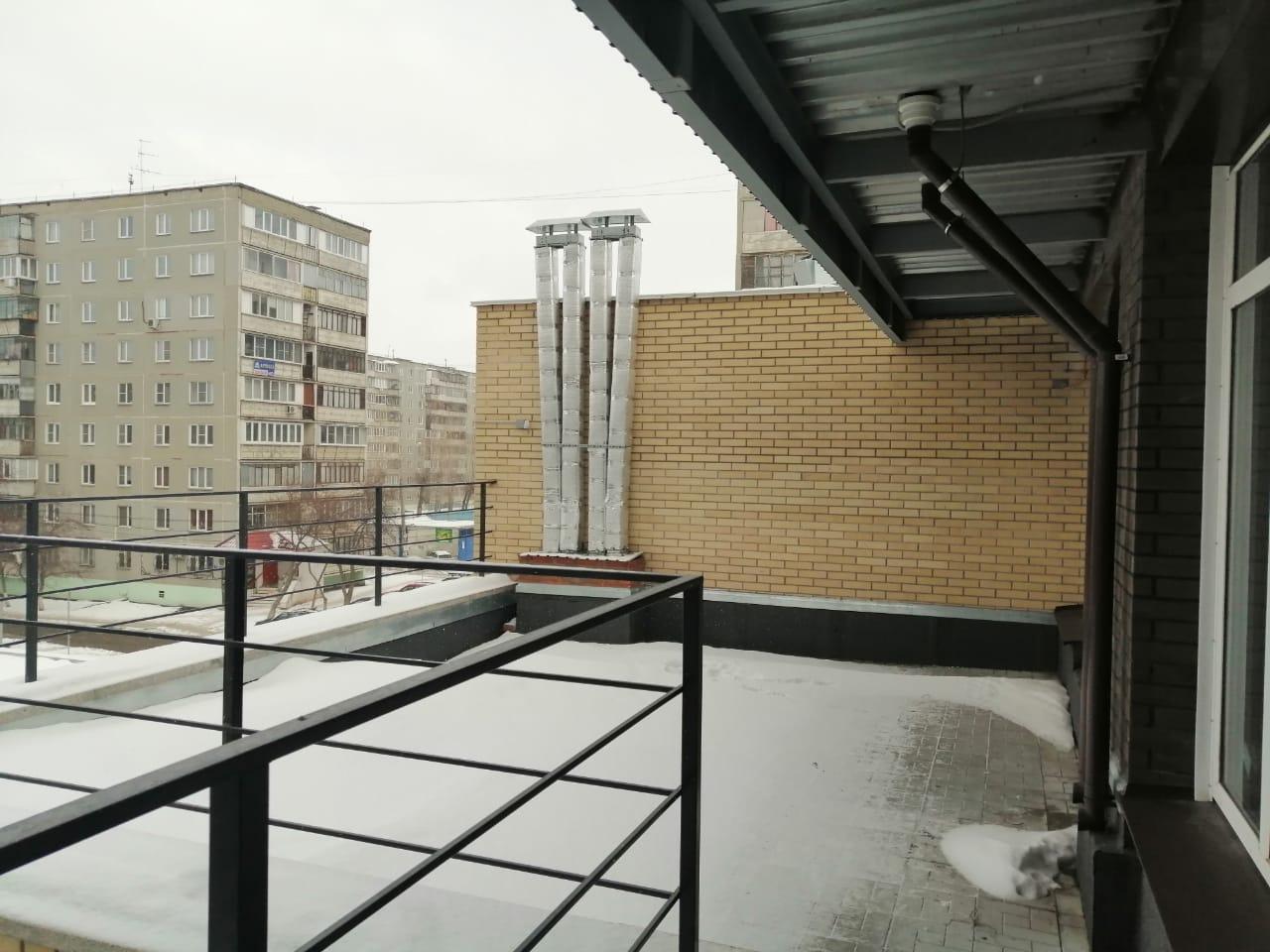 Retail в аренду по адресу Россия, Челябинская область, Челябинск, Комсомольский пр-кт, д. 80