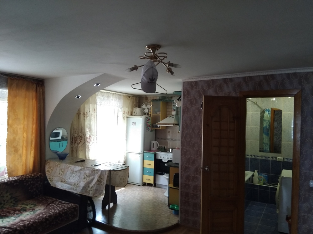 Алтайский край, Барнаул, ул. Воровского, 115 4