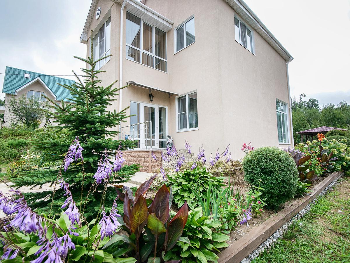 Фото: Дом с земельным участком в Партизанском районе