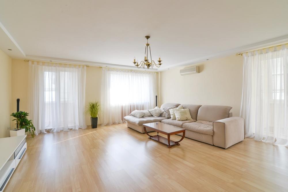 Фото: Продам 3-комнатную квартиру на Чехова с шикарным видом на залив!   <br>Просторная, светлая,  солнечная квартира на втором этаже