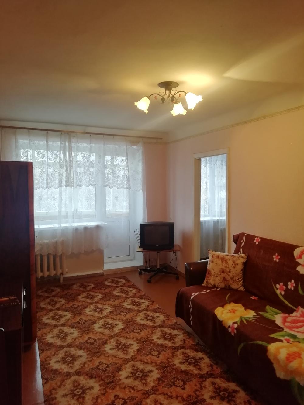 Продам 2-комнатную квартиру в городе Саратов, на улице Шехурдина, 62, 4-этаж 5-этажного  дома, площадь: 43/31/6 м2