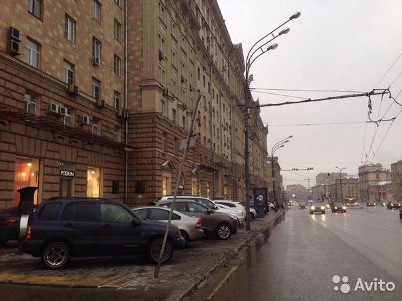 Москва, Новинский б-р, д. 18/С1