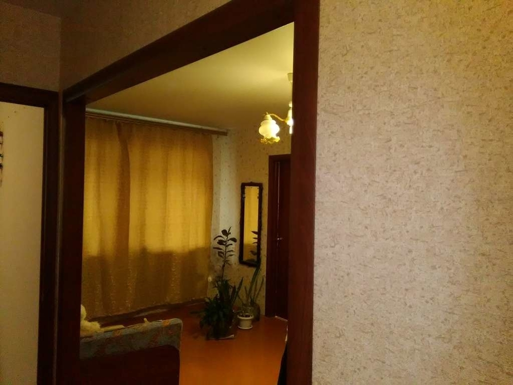 Саратов, ул.2-я Садовая, 1-этаж 5-этажного здания