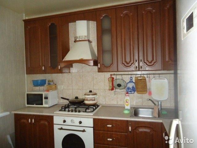 Сдам 3-комнатную квартиру в городе Саратов, на улице Малая Горная, 61, 9-этаж 0-этажного Панель дома, площадь: 64/42/8 м2