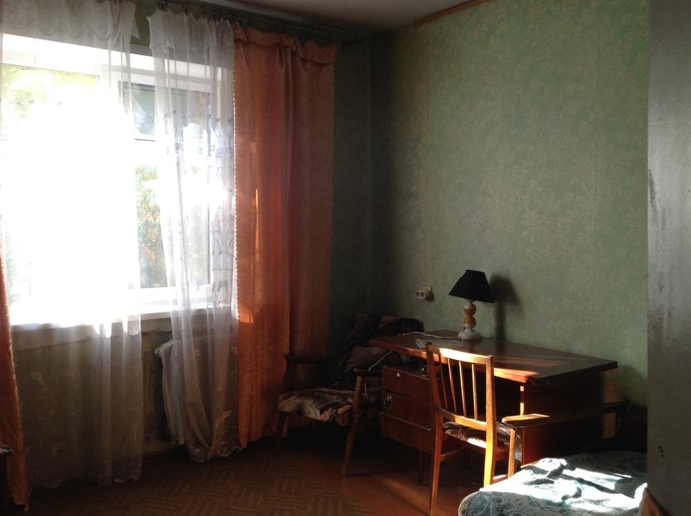 Сдам 2-комнатную квартиру в городе Саратов, на улице Рабочая, 40, 2-этаж 9-этажного Панель дома, площадь: 52/30/10 м2