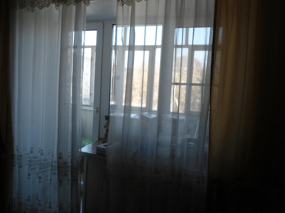 Фото: Продам 2-х комнатную квартиру в кирпичном доме на 3-ем этаже