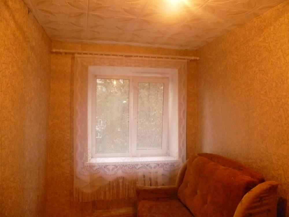 Продам 10 комнат[у,ы] в городе Саратов, на улице 1-й Соколовогорский, 4-этаж 5-этажного Кирпич дома, площадь: 12/9/10 м2