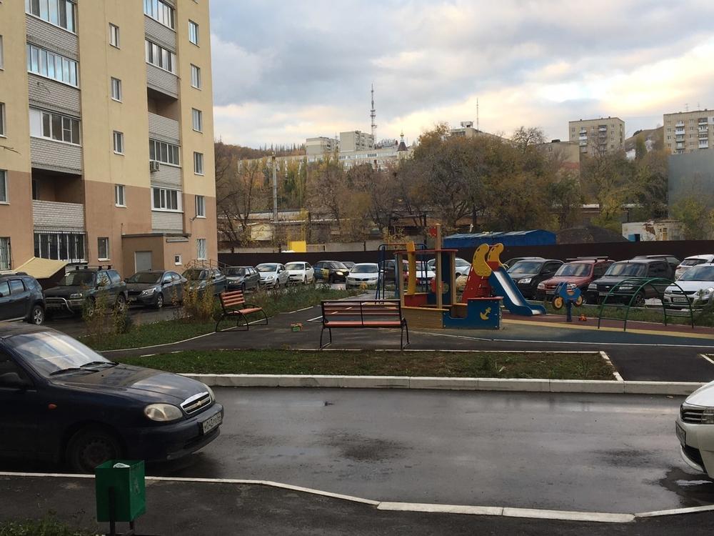 Сдам 1-комнатную квартиру в городе Саратов, на улице Новоузенская, 200, 5-этаж 10-этажного Кирпич дома, площадь: 40/0/0 м2