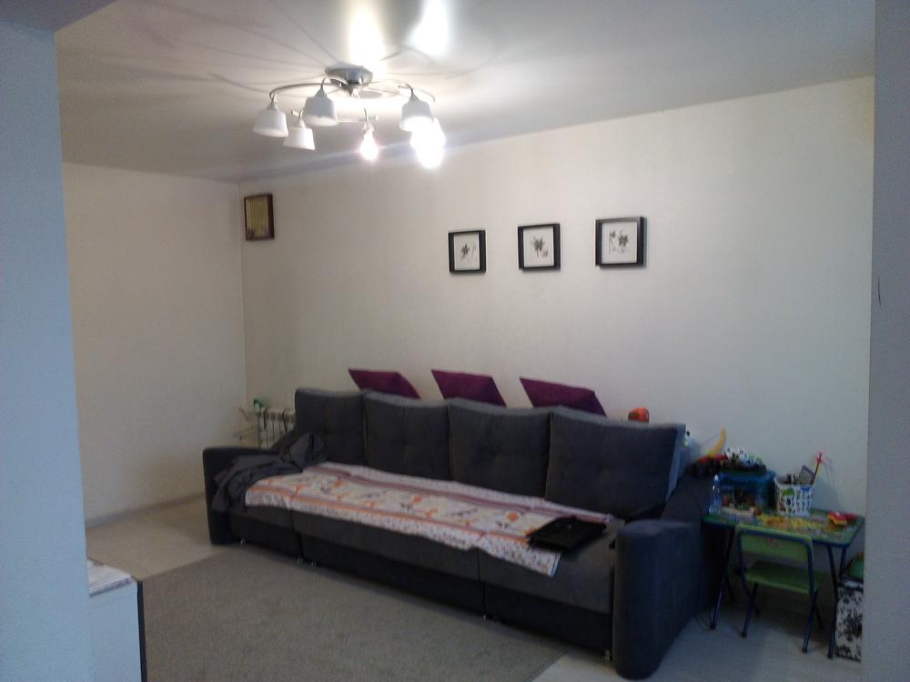 продается трехкомнатная квартира на 5 этаже 5-ти этажного дома. с хорошим ремонтом,...