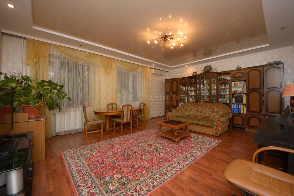 продается шикарная четырехкомнатная квартира в кирпичном доме индивидуальная п ...