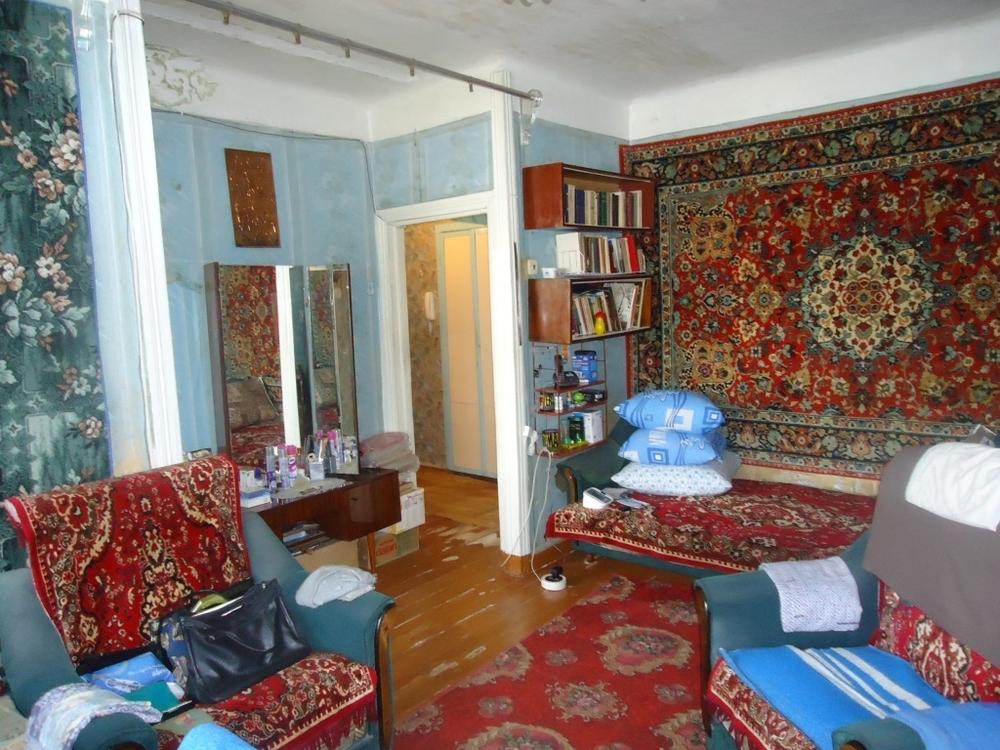 Продам 2-комнатную квартиру в городе Саратов, на улице Танкистов, 86, 5-этаж 5-этажного Кирпич дома, площадь: 44/28/6 м2