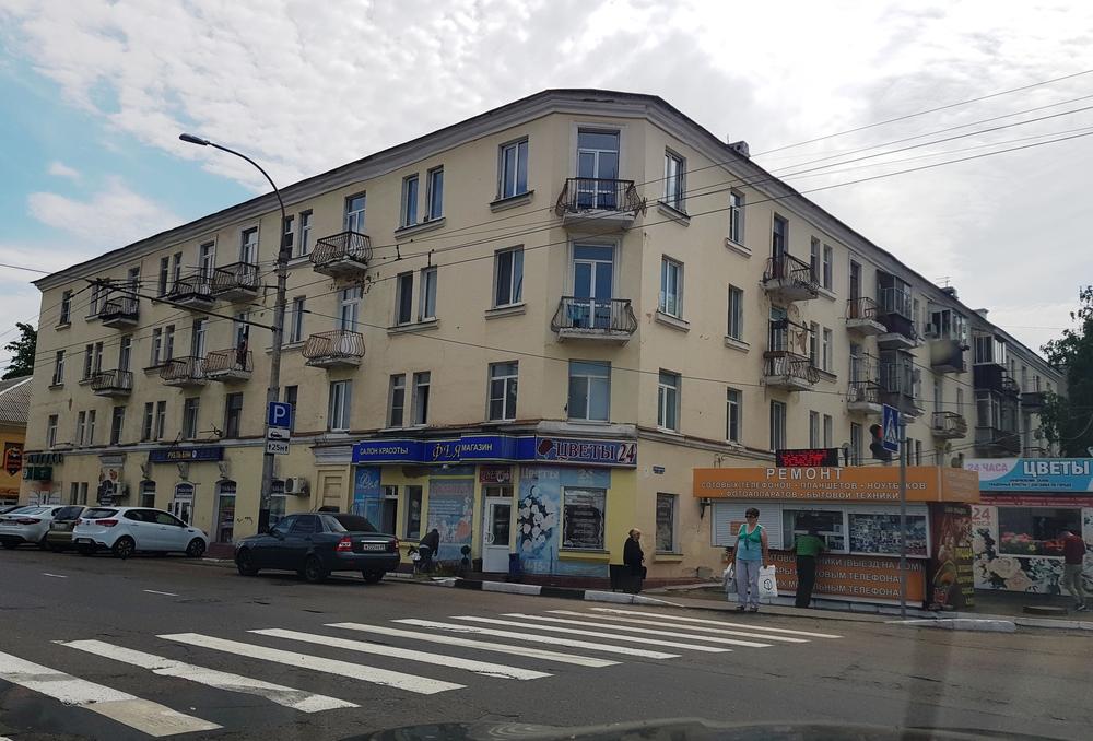 продается двухкомнатная квартира, недалеко от ж д вокзала. район с высокоразвитой...