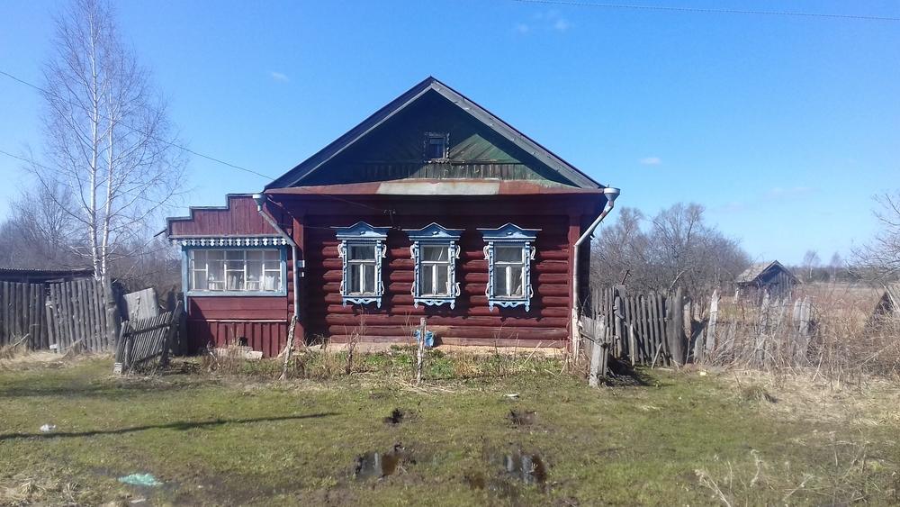 Карпово, Лесная ул., д. 15, дом кирпичный с участком 35 сот. на продажу