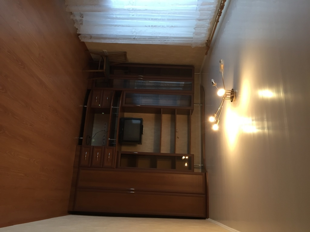 Продам 2-комнатную квартиру в городе Саратов, на улице 2-й Магнитный, 4, 7-этаж 9-этажного Кирпич дома, площадь: 44/28/6 м2