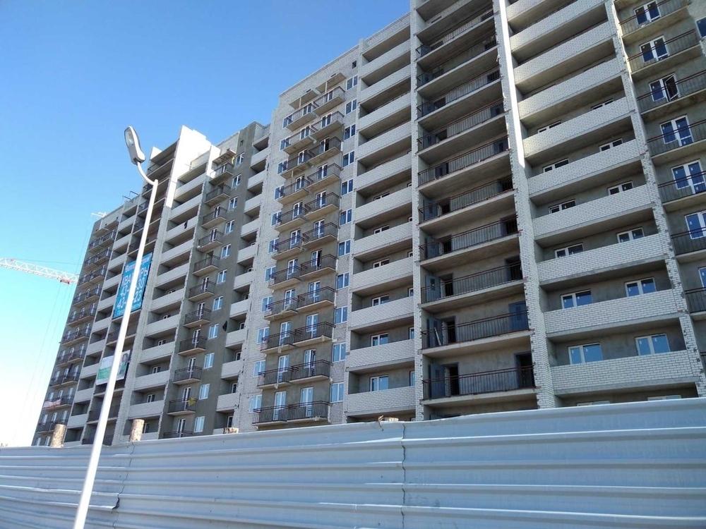Продам 1-комнатную квартиру в городе Саратов, на улице Блинова, 50, 1-этаж 14-этажного Кирпич дома, площадь: 44/17/11 м2