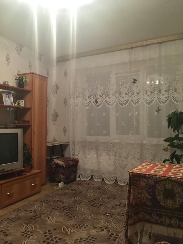 Продам 2-комнатную квартиру в городе Саратов, на улице Братьев Никитиных, 16, 5-этаж 6-этажного Кирпич дома, площадь: 53/30/9 м2