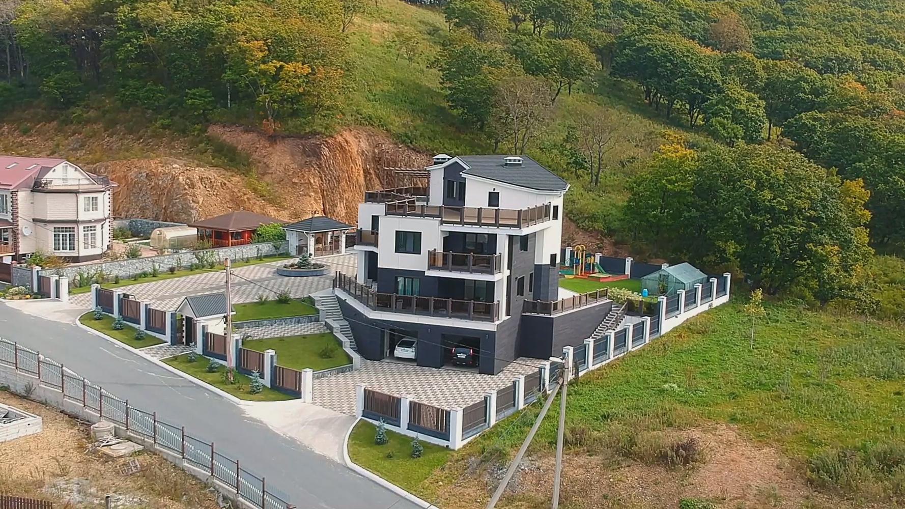 Дом на Рице