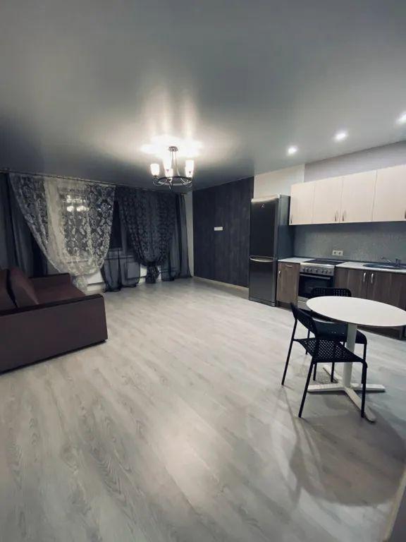 Татьяны Снежиной, 43 к1, 1-к квартира
