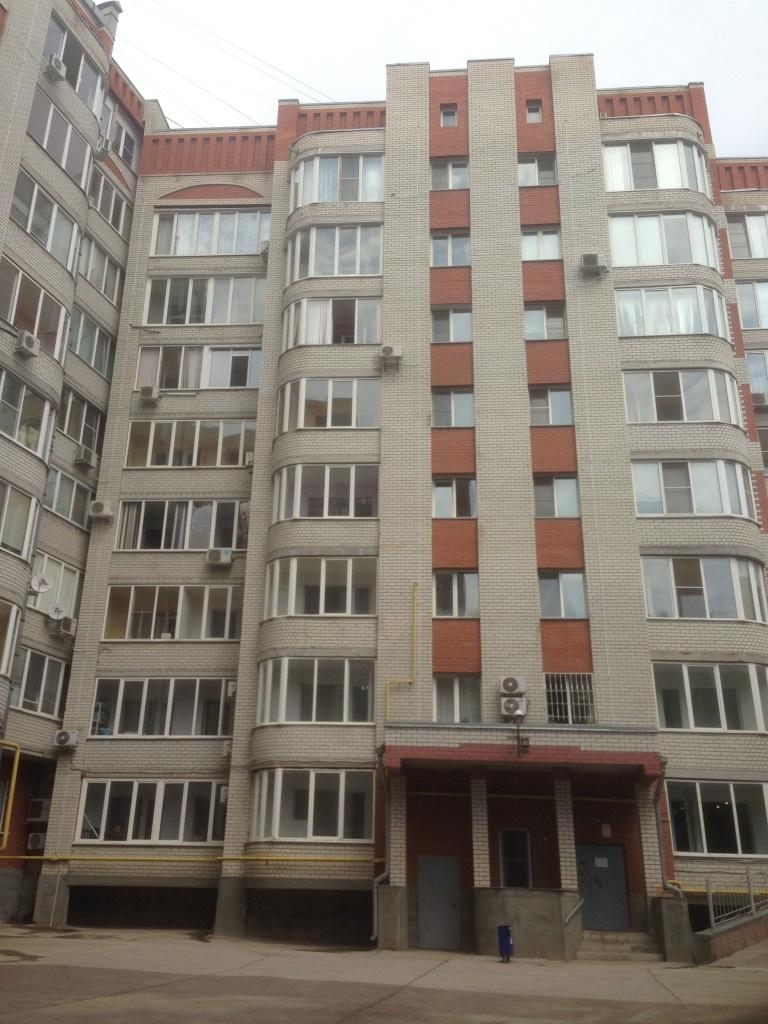 Продам 4-комнатную квартиру в городе Саратов, на улице Чернышевского, 170/176, 7-этаж 8-этажного Кирпич дома, площадь: 140/80/20 м2