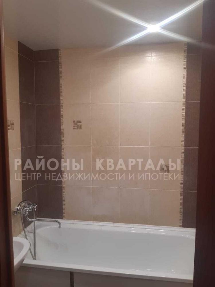 3-комн. квартира улица 40-летия Победы 38