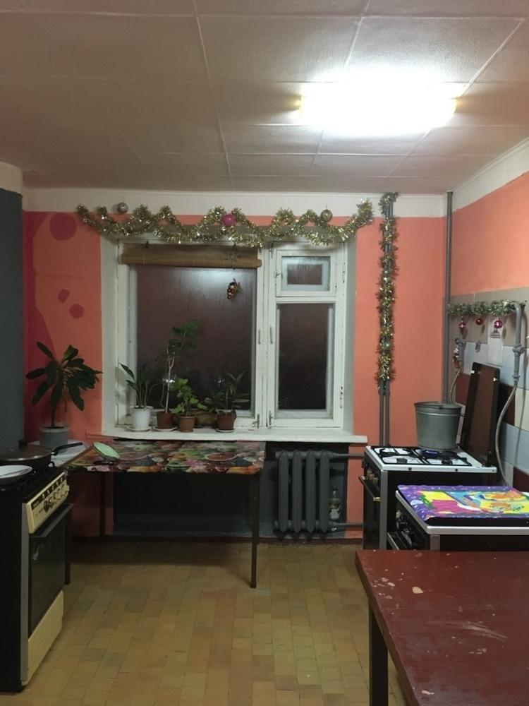 Продам 1 комнат[у,ы] в городе Саратов, на улице 1-й Соколовогорский, 4-этаж 5-этажного Кирпич дома, площадь: 14/14/10 м2
