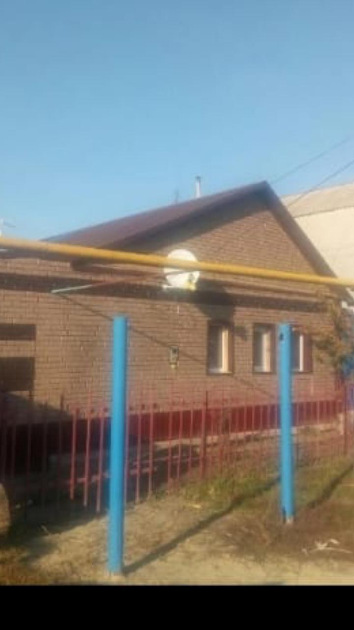 Дьяконово, ул. Симоненко, 56, дом кирпичный с участком 50 сот. на продажу