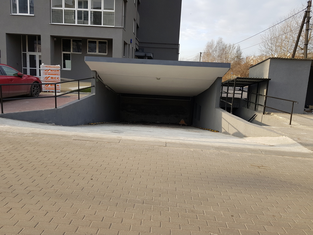 Продажа 3-комнатной квартиры, Калининград