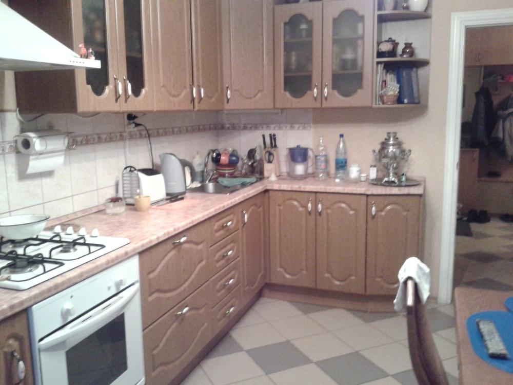 Продам 3-комнатную квартиру в городе Саратов, на улице Посадского, 180/198, 9-этаж 10-этажного Кирпич дома, площадь: 87/55/12 м2
