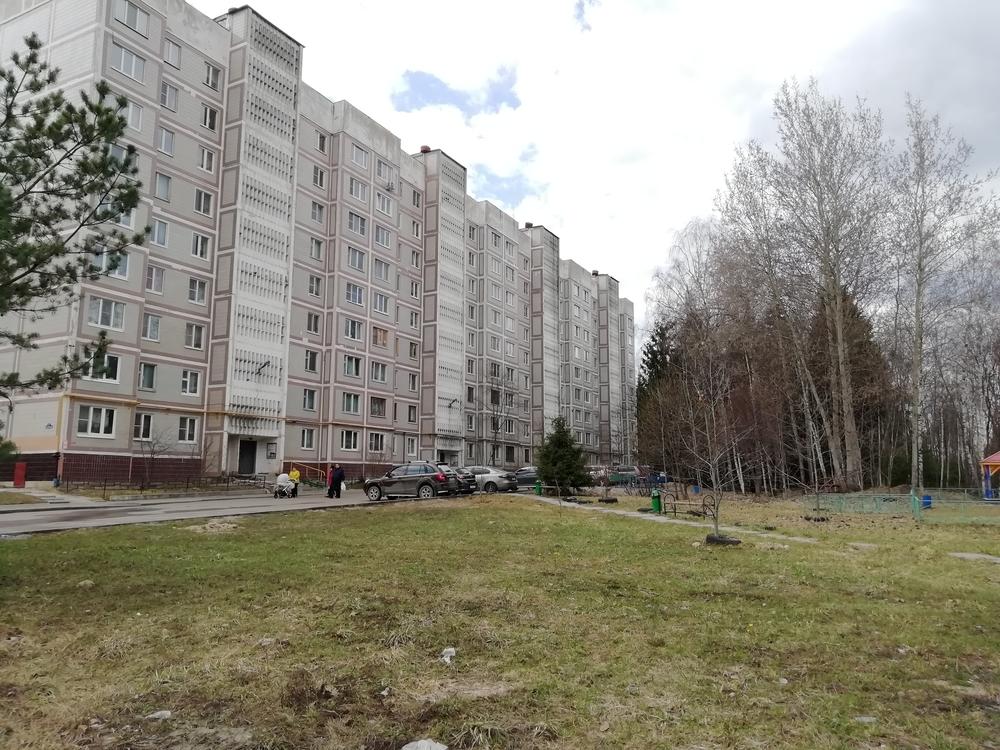 Московская область, Серпуховский, Оболенск, Осенний б-р, д. 8