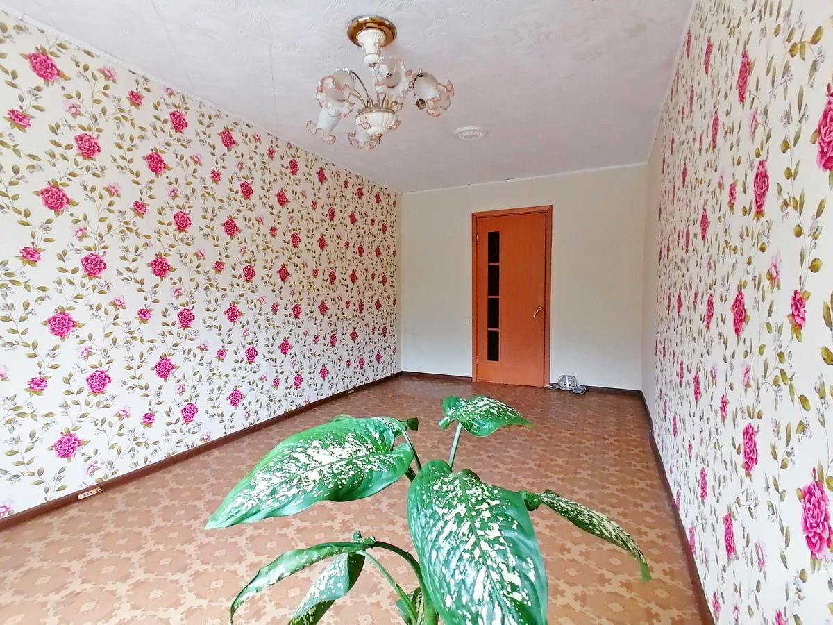 Фото: Предлагаем Вашему вниманию 4х комнатную квартиру по самой выгодной цене<br><br>Квартира идеально подойдет для большой дружной семьи!<br>Функционал: три раздельных комнаты, просторная гостиная, раздельный сан