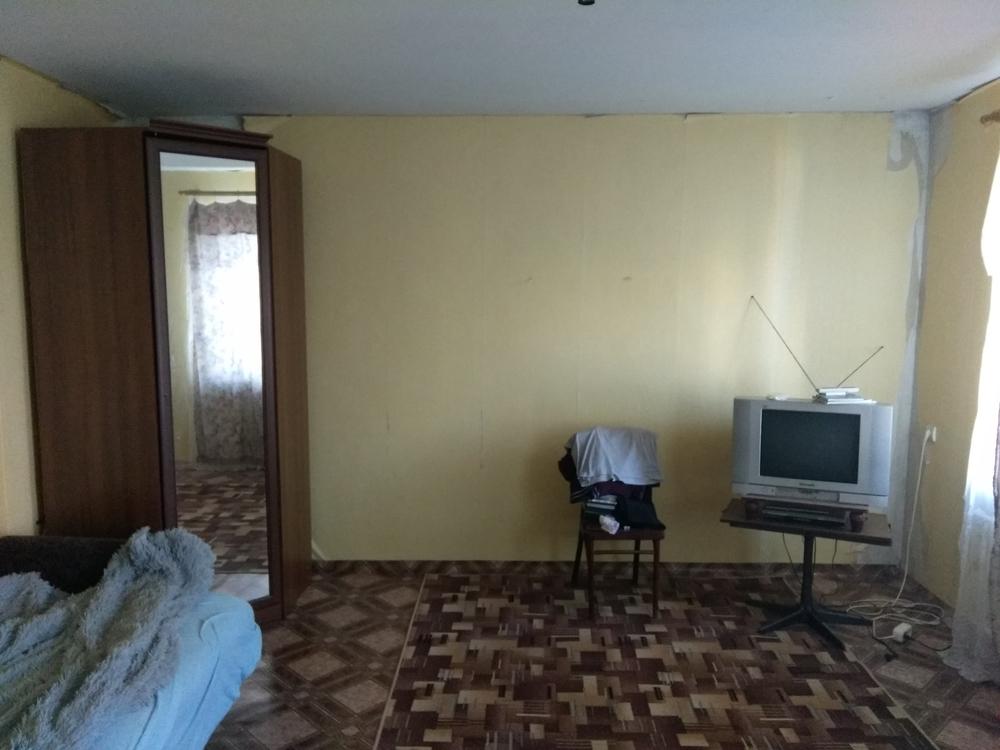продам однокомнатную квартиру нестандартной планировкой общ. пл. 40 м.кв. на 5 5 эт. к...