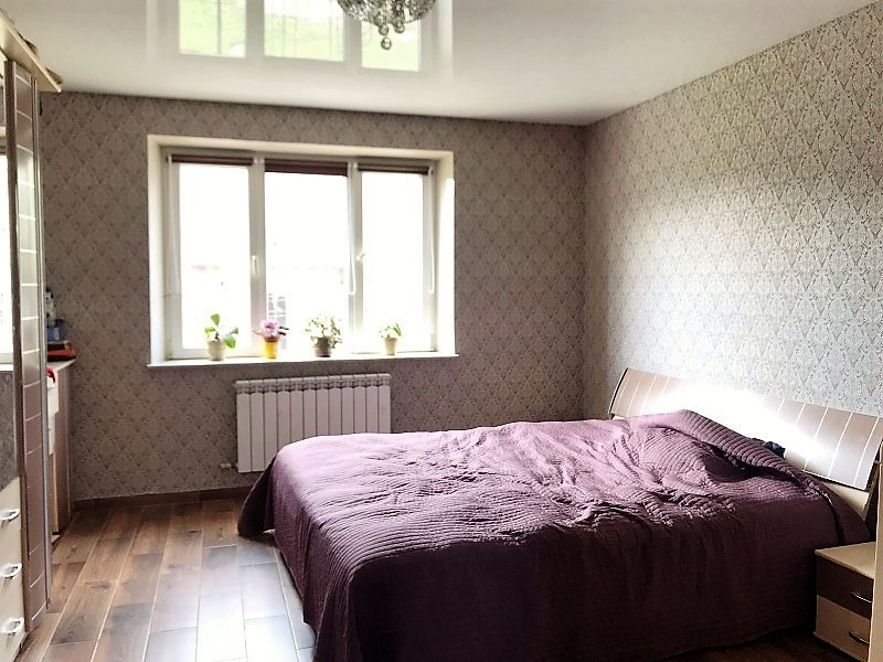 Продажа дома, 213м <sup>2</sup>, 6 сот., Калининград