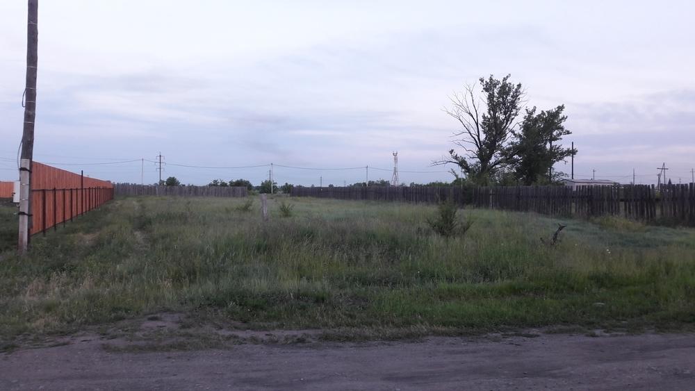 земельный участок 15 соток ижс, п. тепличный, улица гончарова 10 . огорожен с 2-х сторо...