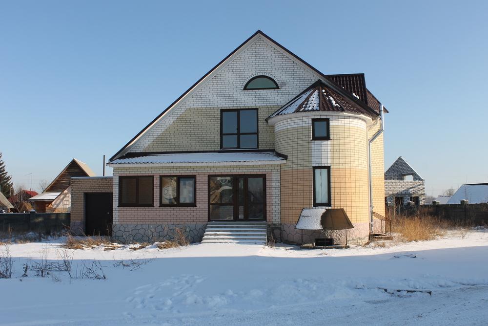 продам кирпичный дом в микрорайоне кедр, с. бобровка микрорайон кедр - обособленн...