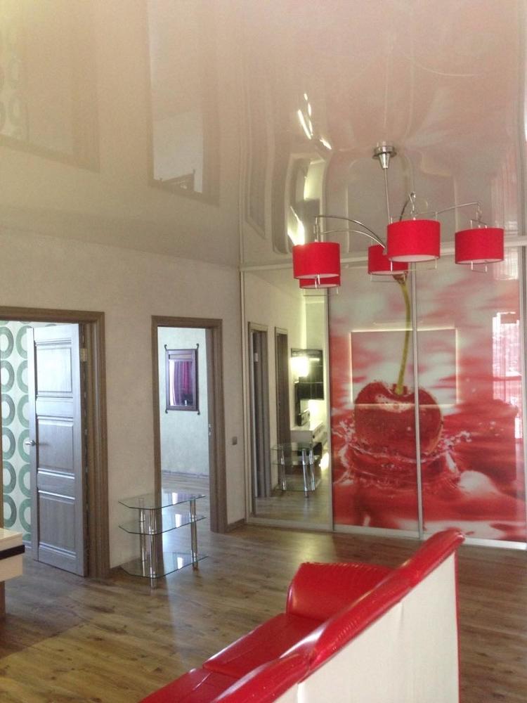 Продам 3-комнатную квартиру в городе Саратов, на улице 2-й Станционный, 15, 10-этаж 14-этажного Монолит/Кирпич дома, площадь: 108/50/30 м2