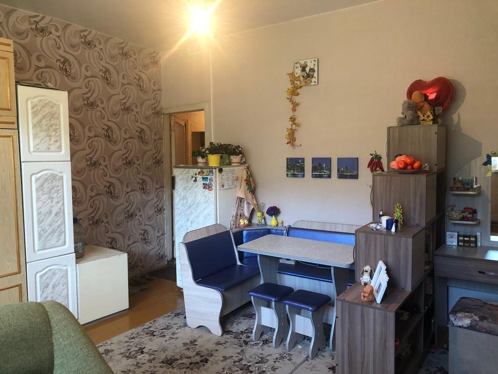 комната проспект Горняков 15