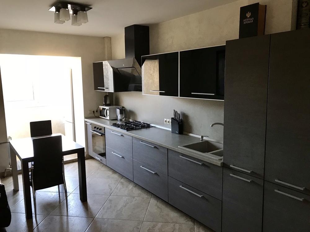 Продам 3-комнатную квартиру в городе Саратов, на улице Мира, 29, 3-этаж 9-этажного Кирпич дома, площадь: 70/40/9 м2