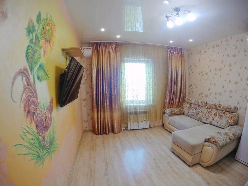 Фото: 3-комнатная квартира  в районе Роддома