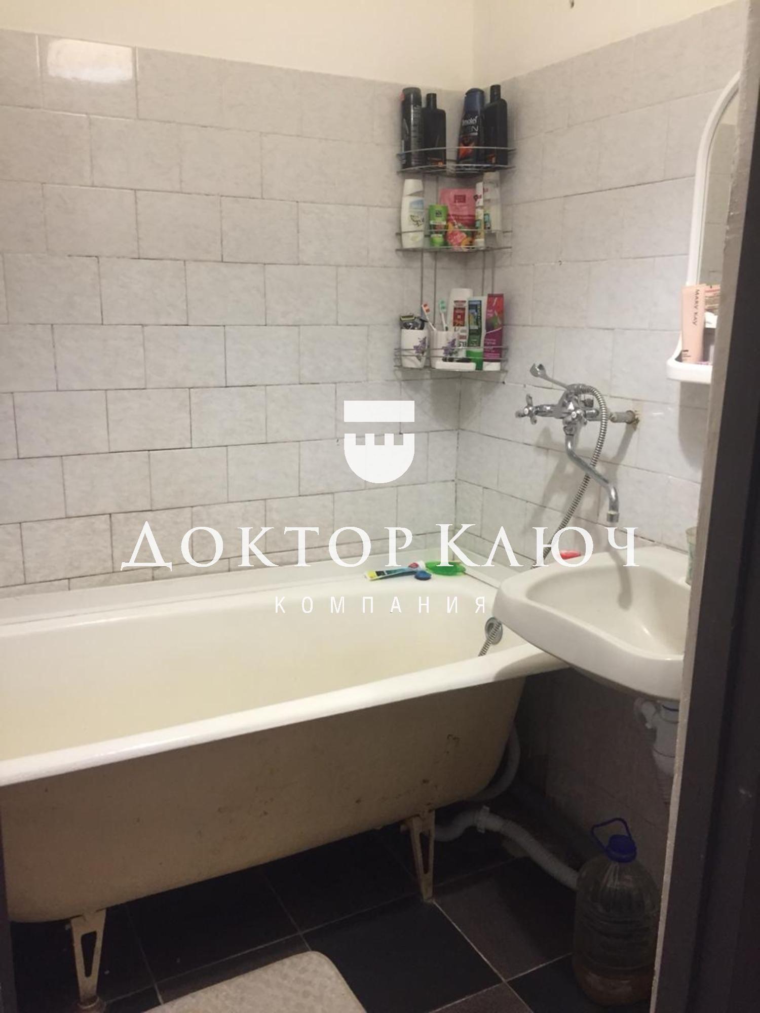 Квартира на продажу по адресу Россия, Новосибирская область, Бердск, Комсомольская ул., д. 2Г