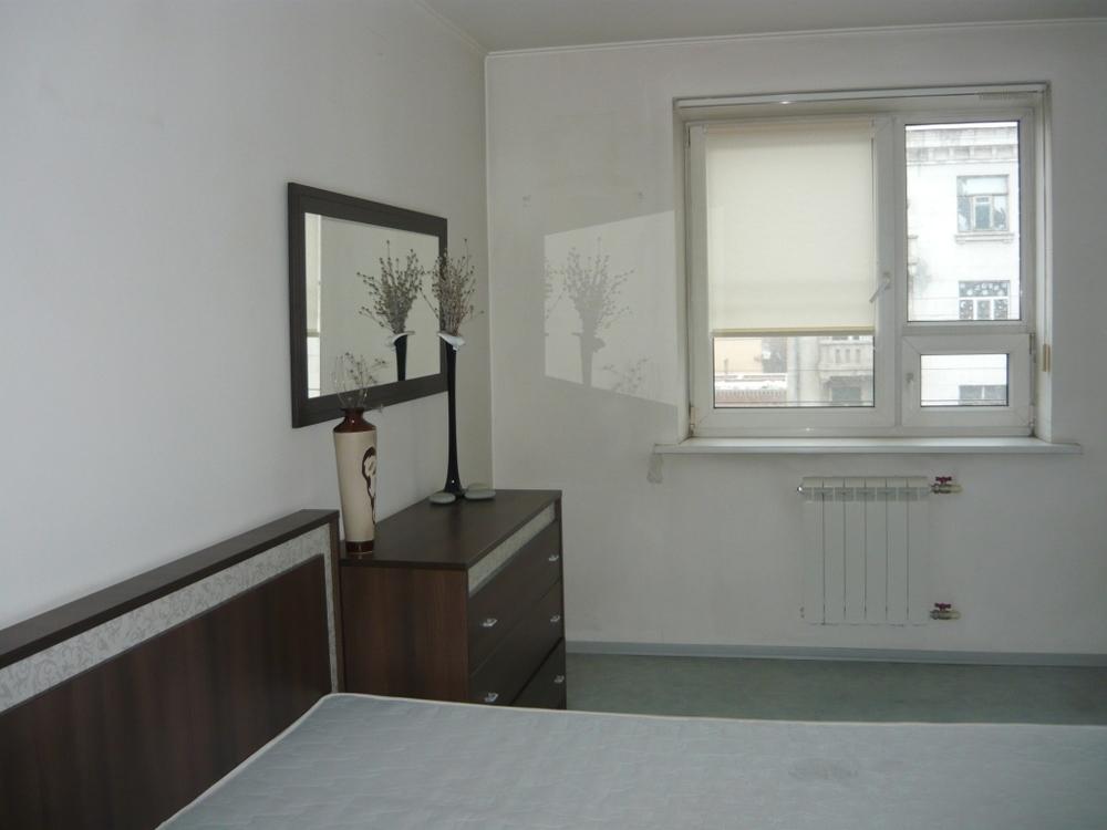 Продам 2-комнатную квартиру в городе Саратов, на улице Чапаева, 54, 4-этаж 9-этажного Кирпич дома, площадь: 52/30/10 м2