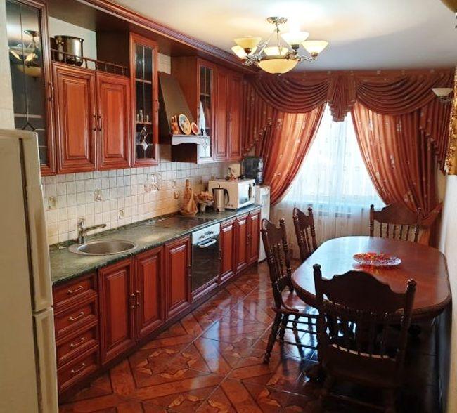 Продажа 4-комнатной квартиры, Челябинск