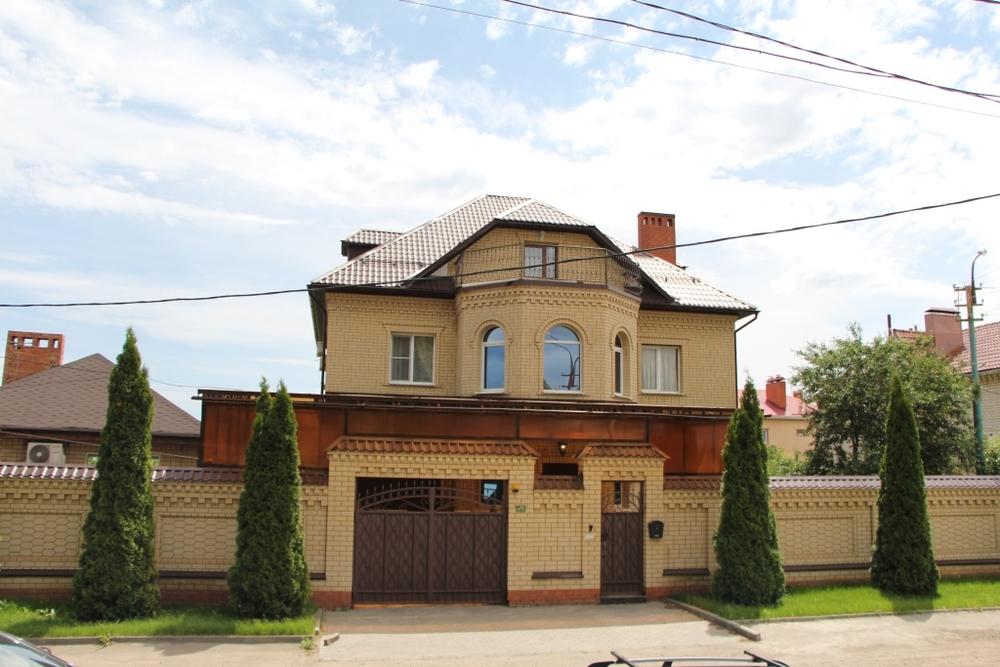 Город: Саратов, улица: Андреева, 5, площадь: 520 м2, участок: 10 соток