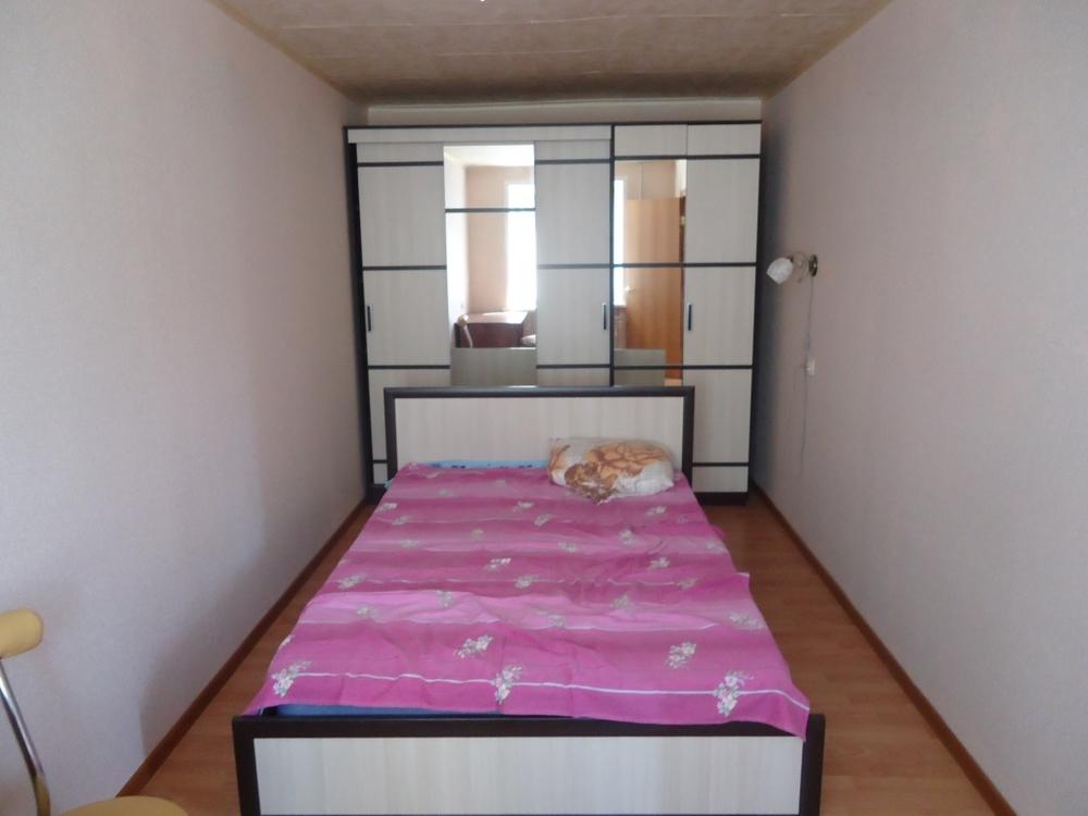Продам 2-комнатную квартиру в городе Саратов, на улице Рамаева, 6/12, 7-этаж 9-этажного Кирпич дома, площадь: 43/28/6 м2