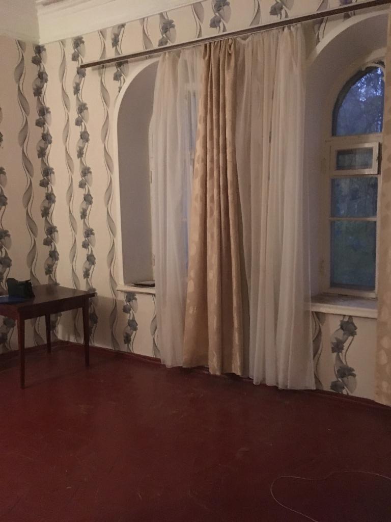 Продам 6 комнат[у,ы] в городе Саратов, на улице Соборная, 2-этаж 2-этажного Кирпич дома, площадь: 23/23/0 м2